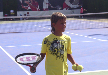 Tennis camp for kids in Spain