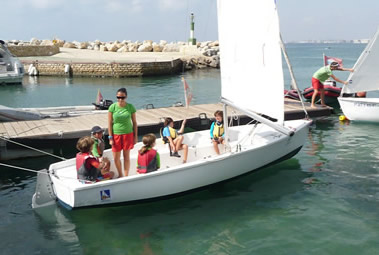 Water sports summer camp for kids in Spain